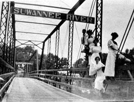 Photo---Bridge---Ellaville---1910s