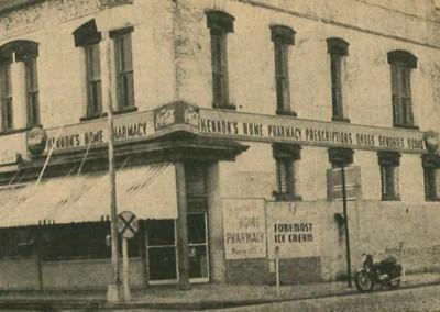 Photo---Live-Oak---Kennon's-Home-Pharmacy---1959