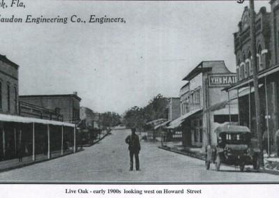Photo---Live-Oak---Looking-West-on-Howard-Street---Early-1900s