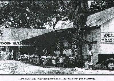 Photo---Live-Oak---McMullen-Food-Bank---1952