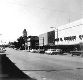 Photo---Live-Oak---Ohio-Avenue-Looking-South---1974