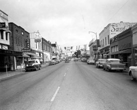 Photo---Live-Oak---West-Howard-Street-looking-East---1958