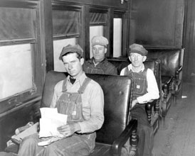 Photo---Railroad---Live-Oak,-Perry,-and-Gulf-Railroad---Employees---1948
