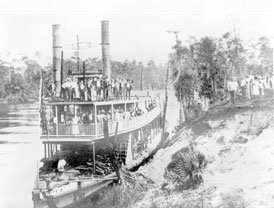 Photo---Steamboat---Belle-of-the-Suwannee---at-Branford---1889