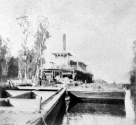 Photo---Steamboat---City-of-Hawkinsville---1900s---1