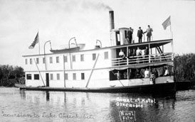 Photo---Steamboat---Suwanee---At-Bolles-Hotel-in-Ritta,-FL---1912-or-1913