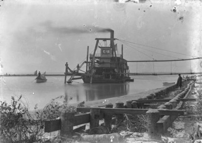 Photo---Steamboat---Suwanee---Dredge---Circa-1900