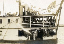 Photo---Steamboat---Suwanee---With-Koreshans-aboard---Prior-to-1926
