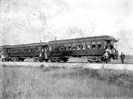 Photo---Suwannee-and-San-Pedro-Cars---Between-1899-and-1902