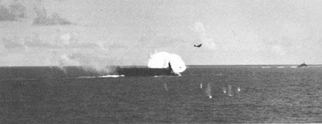 Photo---U.S.S.-Suwannee-(CVE-27)---Kamikaze-striking---10-26-44---1